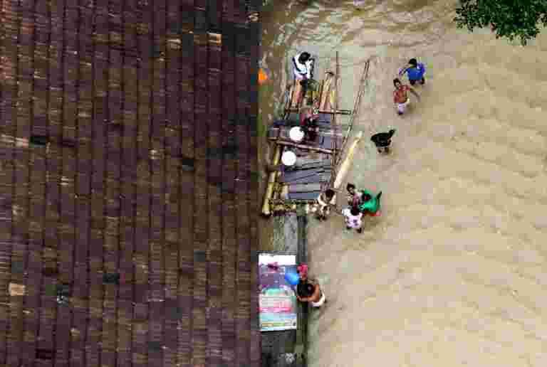 公司如何,电子商务公司正在筹集洪水喀拉拉邦的资金