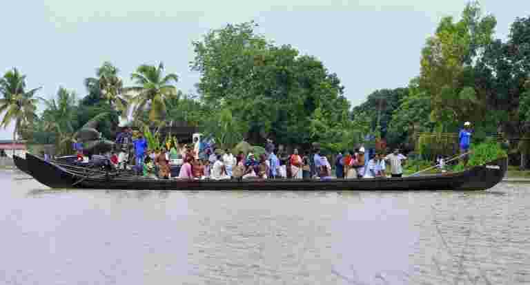 当地船员在喀拉拉邦洪水救援的英雄