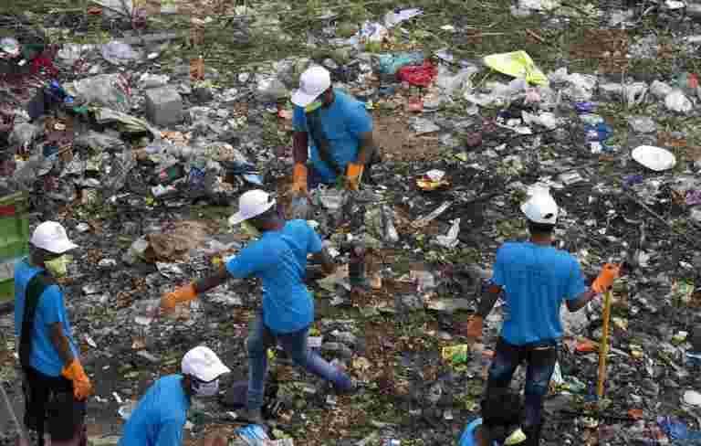 政府调查说,印度在印度确定了超过20,500名手动清除剂
